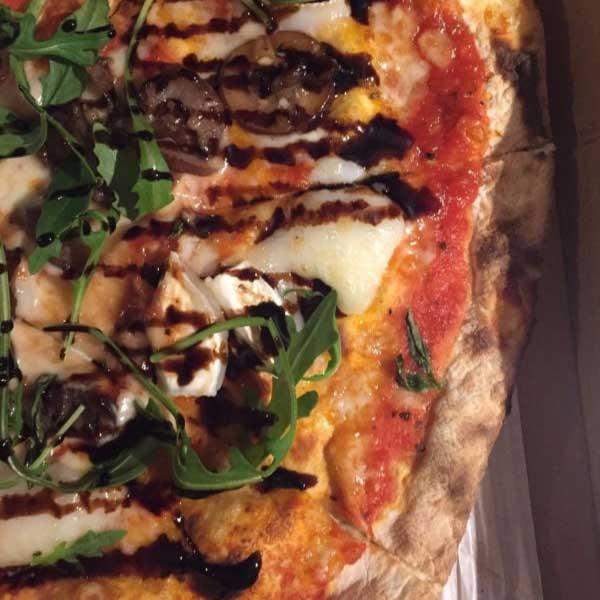 Pizzas from Bears Street Food